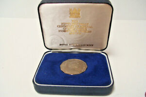 1979 AUSTRALIA MINT FIJI 50C PROOF COIN COMMEMORATIVE AND GIFT BOX UNCIRCULATED