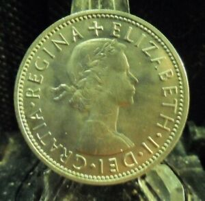 CIRCULATED 1963 2 SHILLINGS UK COIN  80519 1 FREE DOMESTIC SHIPPING