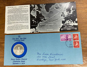 1975 SILVER HENRY HUDSON DISCOVERS MANHATTAN COMMEMORATIVE COIN & STAMP SET.