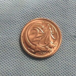 C37.  1988  AUSTRALIAN UNCIRCULATED 2 CENT  COIN