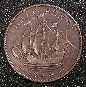 1 COIN FROM GREAT BRITAIN.  1/2 PENNY.  1944.  SAILING SHIP.