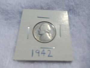 1942 JEFFERSON NICKEL CIRCULATED   PERFECT FOR COIN BOOKS