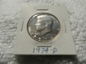 1974 D KENNEDY HALF DOLLAR CIRCULATED   PERFECT FOR COIN BOOKS
