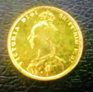 NICE Q.VICTORIA 1891 JUBILEE HEAD  GOLD PLATED SOVEREIGN IN VF/EF
