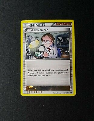 2014 Pokemon XY Furious Fists Fossil Researcher Cosmos Holo 92/111 PL