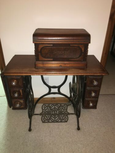 Antique Sewing Maching (Brand: Domestic)