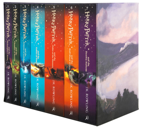 BRAND NEW Harry Potter 7 Books Complete Collection Boxed Gift Set by JK Rowling!