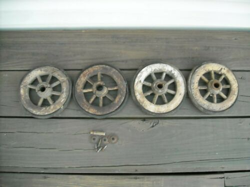 Vintage Antique Primitive Wood Spoke Wheel With Rubber