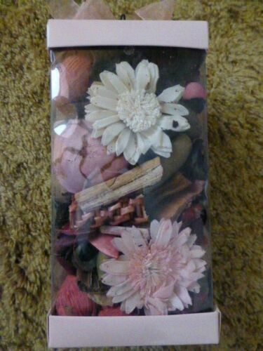 Candle lite rose potpourri gift box or vanilla spice Herb Co.