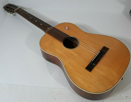 Vintage Rare Metro Acoustic Guitar For Repair Needs A Fret, & 2 Tuning Knobs