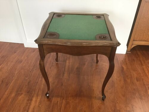 Antique flip top cards table. /games table