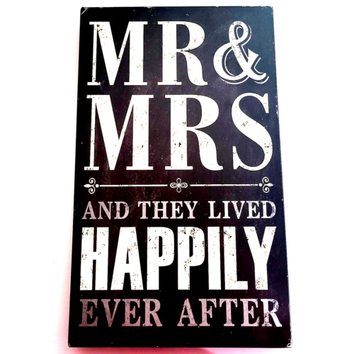 Unbranded Home Wall Decor Plaque Mr & Mrs Lived Happily Ever After 531