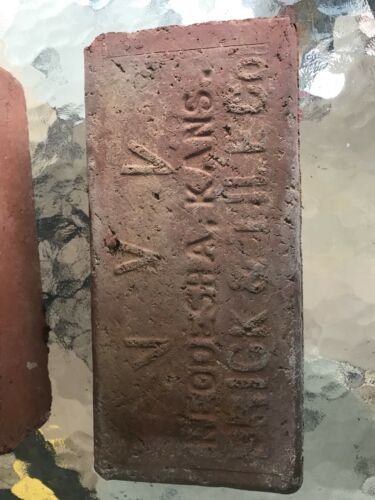 ANTIQUE COFFEYVILLE V.B.&T. CO KS & NEOSHA, KS STREET PAVER BRICK BLOCK BUILDER