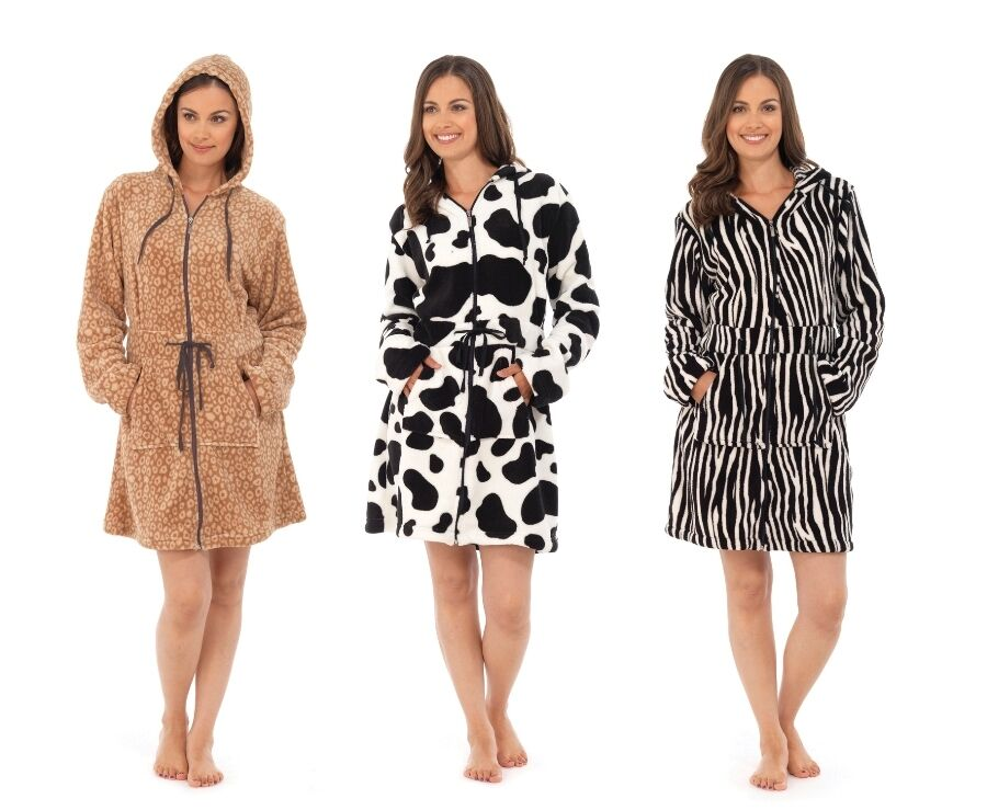 Best Zip Hooded Dressing Gown deals | Compare Prices on dealsan.co.uk