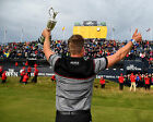 HENRIK STENSON 09 HOLDING THE CLARET JUG (GOLF)  PHOTO PRINTS AND MUGS