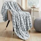 VEEYOO King Size Fleece Blankets - Fuzzy Throw Blankets for All Seasons, Soft Fl