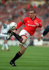 ERIC CANTONA 04 (MANCHESTER UNITED) MUGS AND PHOTO PRINTS
