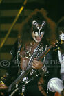 Kiss 77/08/19 photo 1-05, Gene Simmons - SAN DIEGO