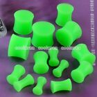 Pair Pick Gauge Green Solid Silicone Double Flared Saddle Ear Plugs Stretcher