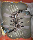 NEW Thirty Two Womens Lashed snowboard boots, size 8 olg