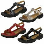 Ladies Clarks Unstructured Sandals / Velcro / Casual / Un Swish