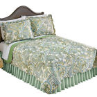 Olivia Paisley Green Reversible Quilt with Scalloped Edges image