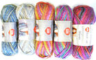 Kyпить Red Heart UNFORGETTABLE WAVES Yarn - Thick & Thin - Soft Acrylic - Color Choice на еВаy.соm