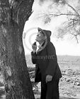 1939 BAKERSFIELD MIGRANT MAN SHAVING DEPRESSION PHOTO Largest Sizes