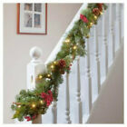 LARGE CHRISTMAS WREATH/GARLAND LUXURY LED PRE LIT DECOR CHRISTMAS RED BERRIES