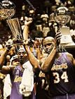BM719 Bryant & O'Neal Lakers Holds Up Trophy 8x10 11x14 16x20 Oil Painting Photo