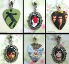 GREEN DAY GUITAR PICK OVAL CHARM NECKLACE PENDANT BILLIE JOE ARMSTRONG DOOKIE