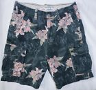 AMERICAN EAGLE AE mens cargo shorts CLASSIC LENGTH black lily size 26