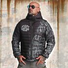Neue Yakuza Herren Allover Label Quilted Kapuzenjacke - Dark Green