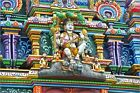 Poster / Leinwandbild An intricate colorful statue of Shiva at... - J. Edwards